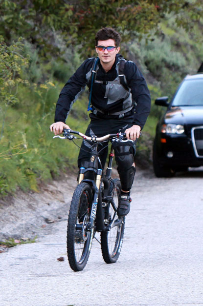 Orlando Bloom in Brentwood, California.
